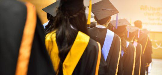 diplomázó hallgatók