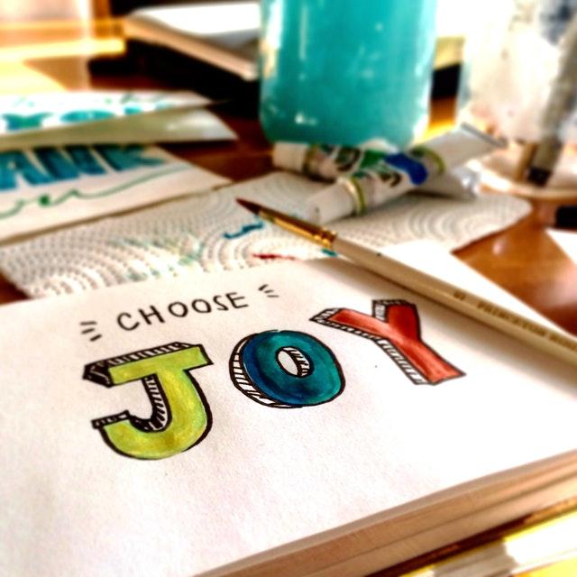 joy felirat - öröm a munka