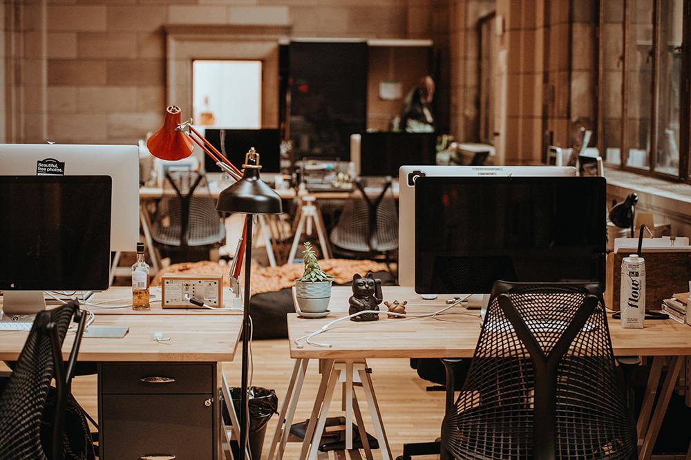 egyterű modern iroda