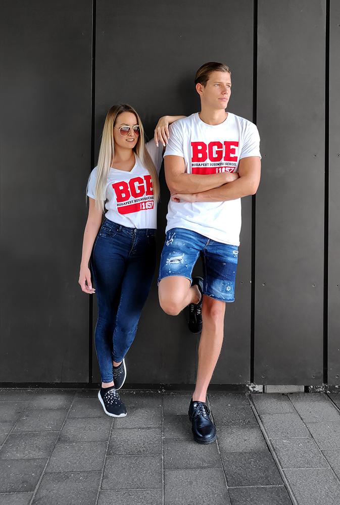 BGE store ruhák